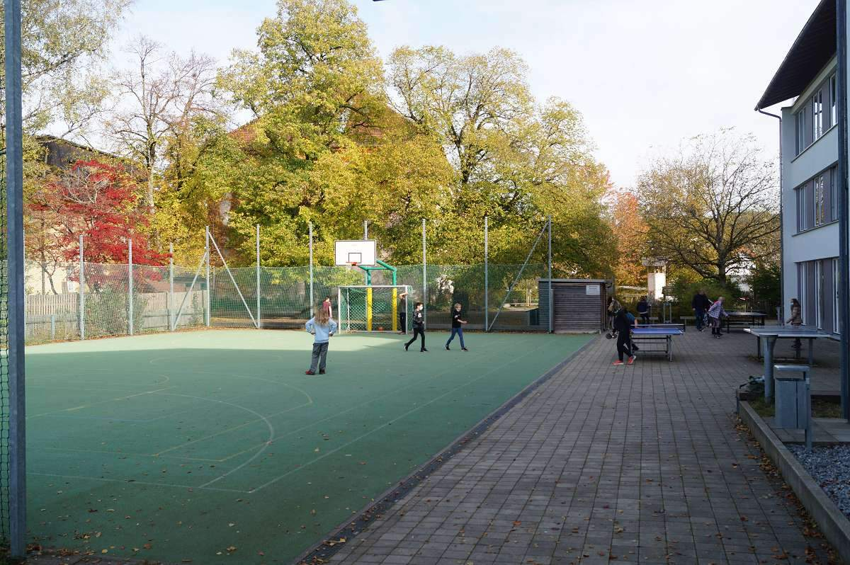 Sportplatz Kampenwandschule (2)