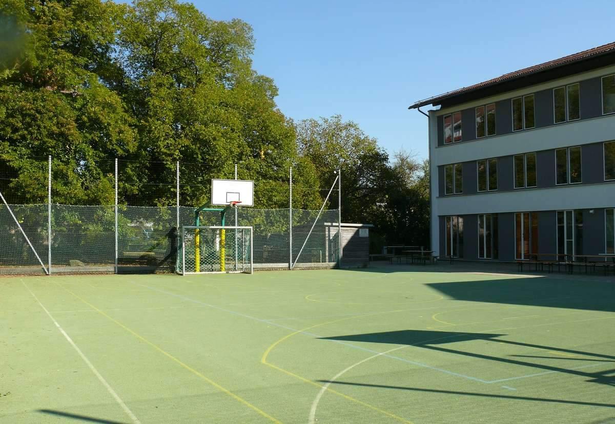 Sportplatz Kampenwandschule