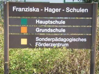 Schild Franziska-Hager-Schulen